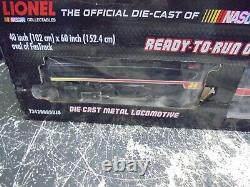 2013 Lionel Jeff Gordon Scout Ready To Run Train Set Racing NASCAR O-Gauge