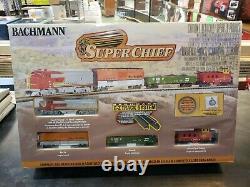 Bachmann Industries Super Chief N Scale Ready to Run Electric Train Set