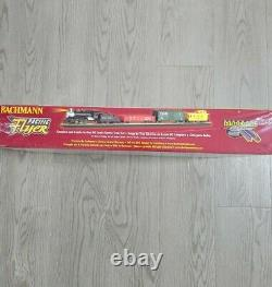 Bachmann Pacific Flyer Complete Ready to Run Ho Scale Electric Train Set New