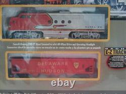 Bachmann Santa Fe Flyer Complete and ready to Run ho Scale Electric Train Set
