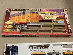 Life-Like Power Blaster HO Scale ready-to-run starter train set Union Pacific