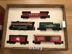 Lionel 0-27 Ready to Run Christmas Set 6-21944