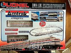 Lionel 6-11748 Complete Ready to Run AMTRAK Set & 6-18937 Non-Powered AMTRAK FA