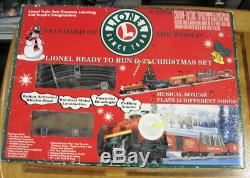 Lionel Train 6-21944 Ready To Run 0-27 Christmas Train Set Electric Musical Toy