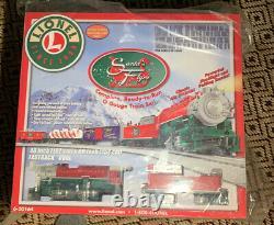 Lionel Trains Santas Flyer Ready to Run O-Gauge Train Set 6-30164. NEW