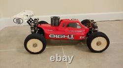 Losi 8ight 4.0 buggy Ready To Run with spare set of tires, tools, lipo charger