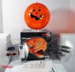 Märklin Z 00832 Halloween Hallomärklin Jack-O-Lantern Starter Set Ready to Run