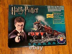 NEW Lionel HARRY POTTER Hogwarts Express O Gauge Train Set 7-11020 Ready to Run