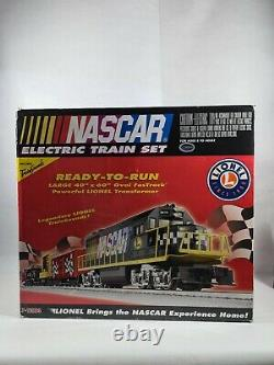 New Lionel NASCAR Ready to Run O Gauge Train Set withTrain Sounds
