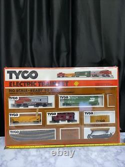 Tyco Electric Train Set HO ScaleDiesel FreightReady To Run #7302 New In Box