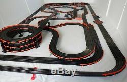 91' Mega 54 X 111 Afx Tomy Raceway Géant Piste Slot Car Set 100% Prêt À L'emploi