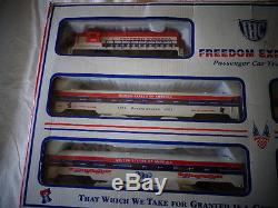 Ensemble De Train Pour Voiture De Tourisme Freedom Express De La Gamme Ihc Ho 1776-1976, Prêt À L'emploi