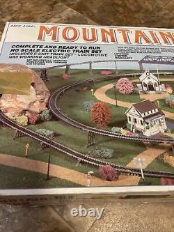 La Vie Comme Mountain Run Electric Train Set 8794 Union Pacific 2047 Prêt À Courir