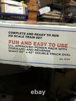 Life Like Mountain Run Electric Train Set 8794 Union Pacific 2047 Prêt À Fonctionner
