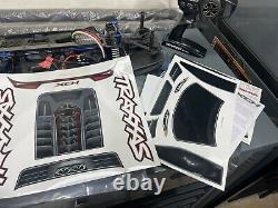 Traxxas Xo-1 Rc Supercar +100mph Réglage Prêt À Exécuter Tout Ce Dont Vous Avez Besoin Et Plus